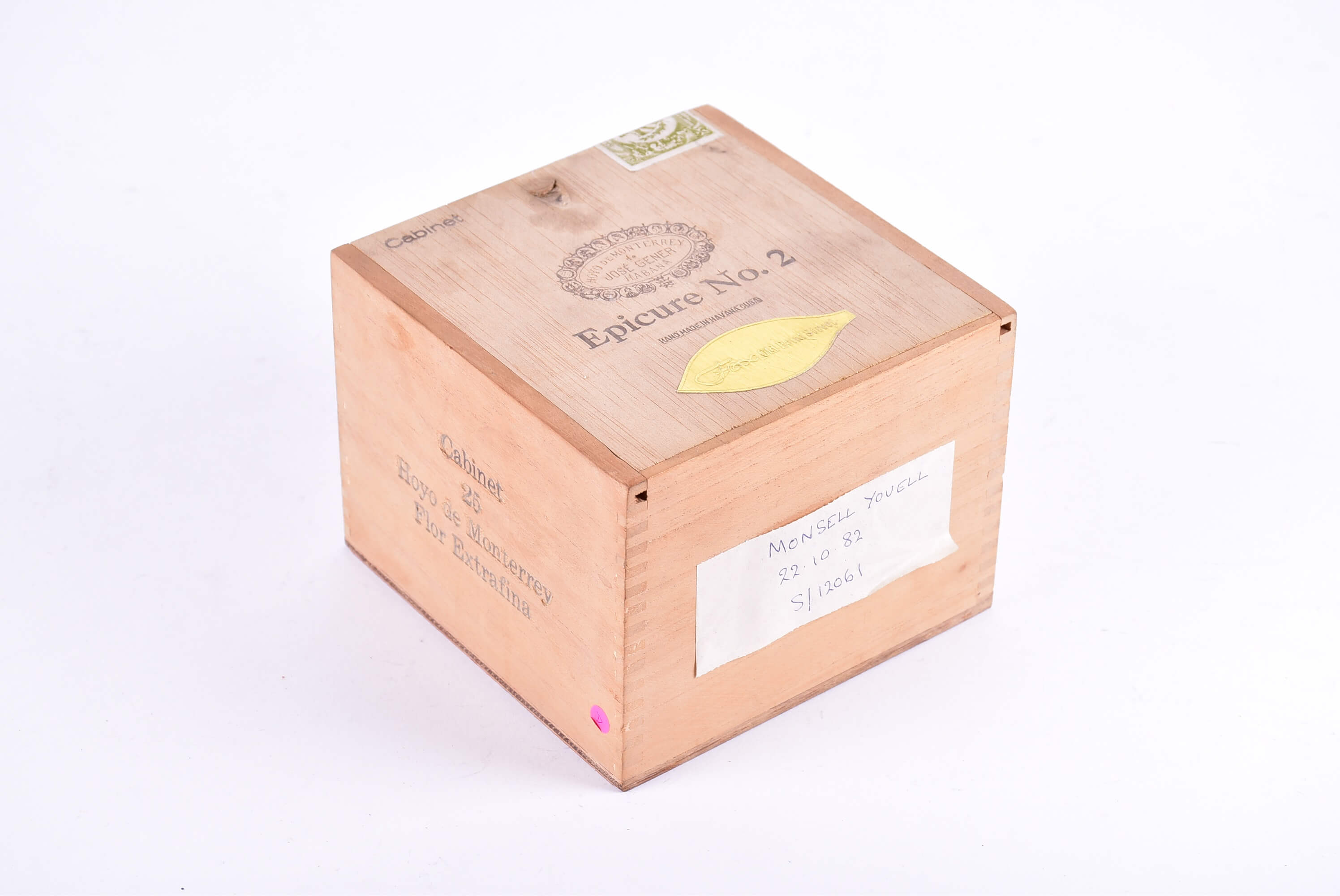 A box of Jose Gener Havana Epicure No 2 cigars
