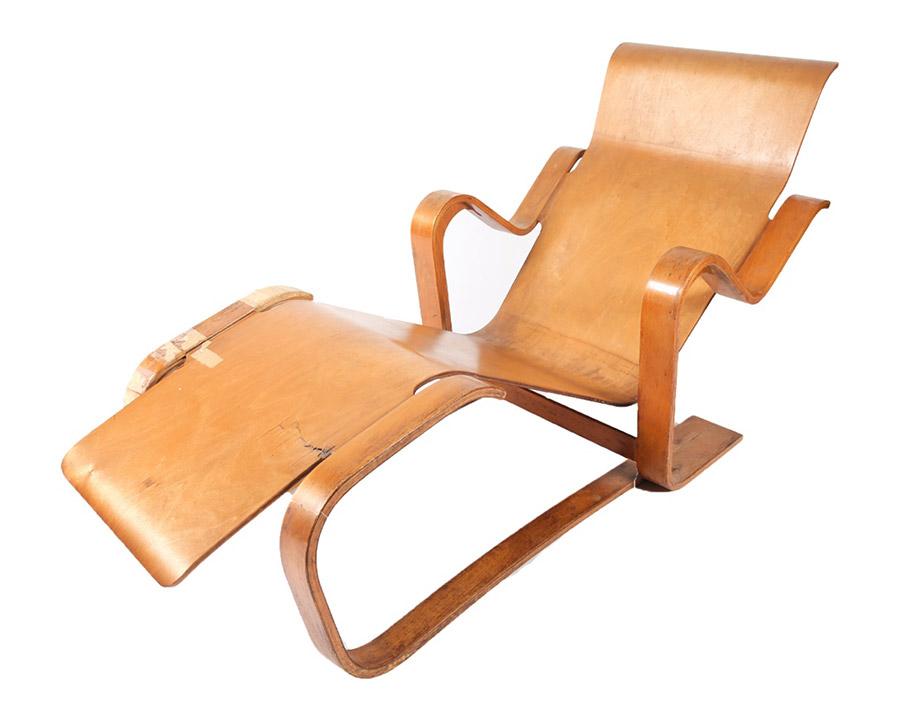 Isokon long chair