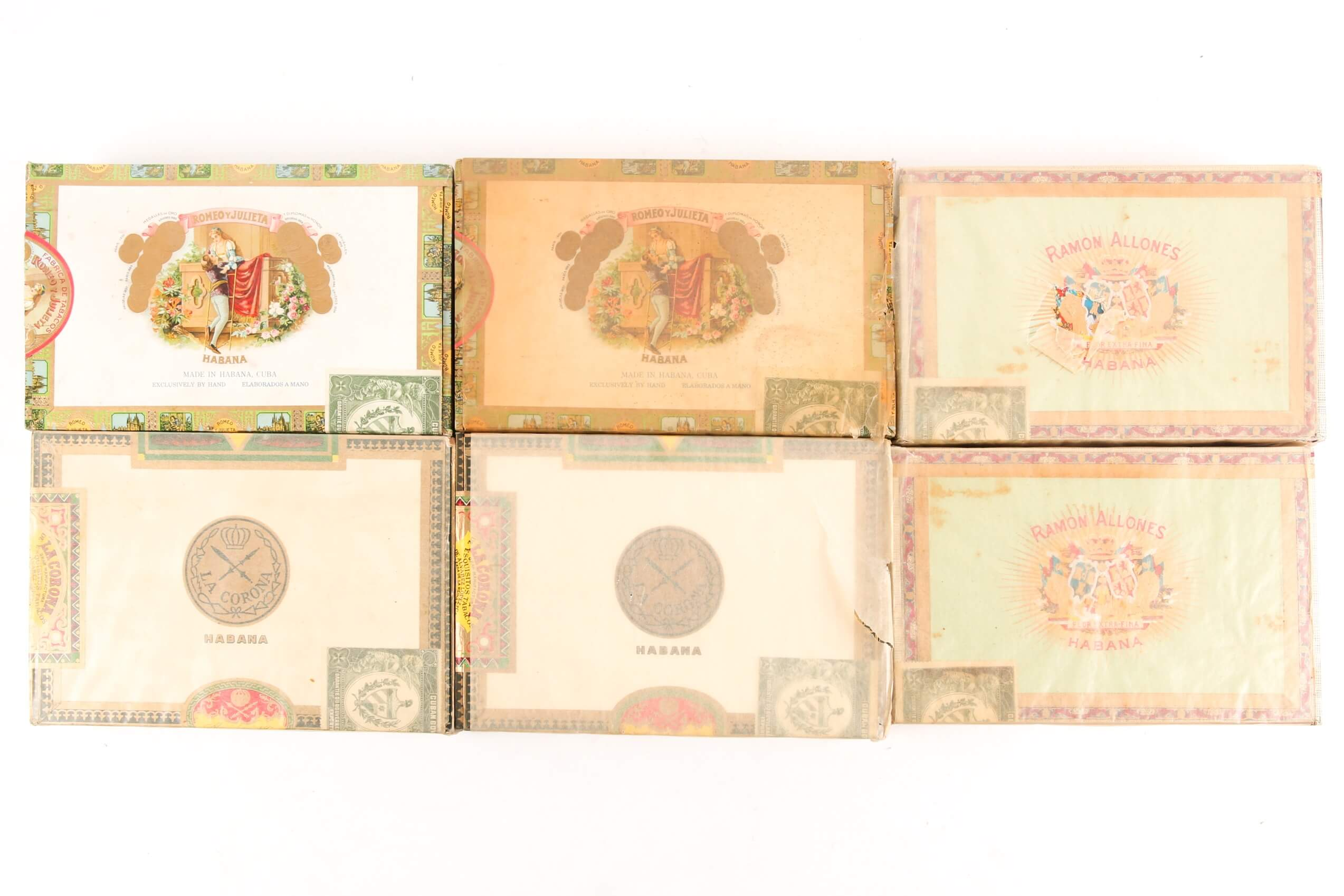 Six boxes of vintage Cuban cigars. Sold for £4,400.