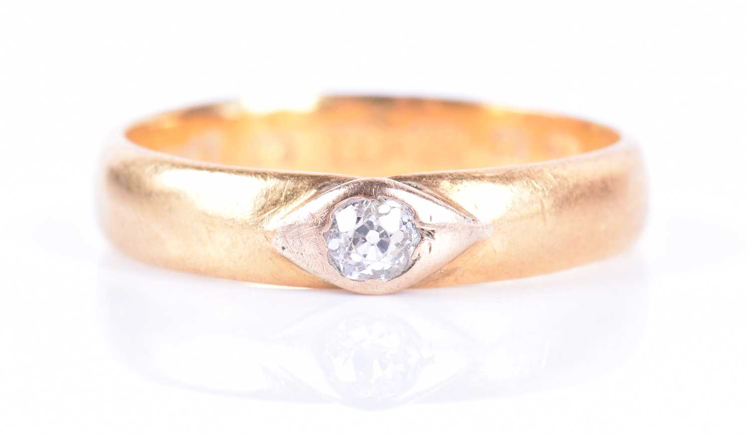 Lot 30-A Victorian 22ct yellow gold and diamond ring...