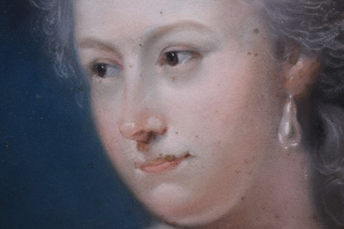 Lot 2 - John Russell (1745 - 1806), portrait of a lady...