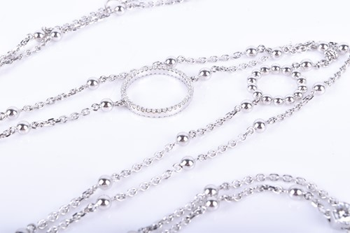 Lot 801 - Boodles. An 18ct white gold and diamond...
