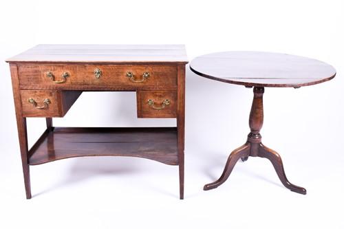Lot 91 - A 19th century smalll mahogany desk, with...