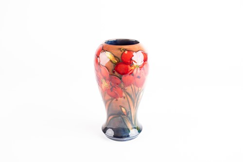 Lot 28-A Moorcroft Flambé Lily pattern vase, early to...