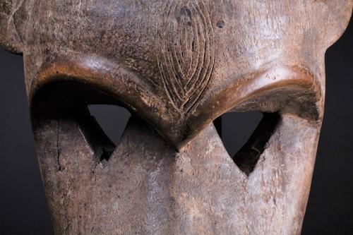 Lot 11 - A carved wood Monkey spirit mask, Burkina Faso,...