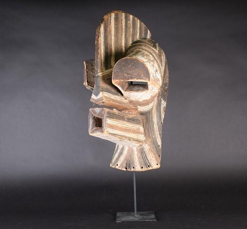 Lot 76 - A Kifwebe mask, Songye, Democratic Republic of...