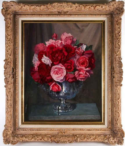 Lot 18 - A 20th century still life study, roses in a...