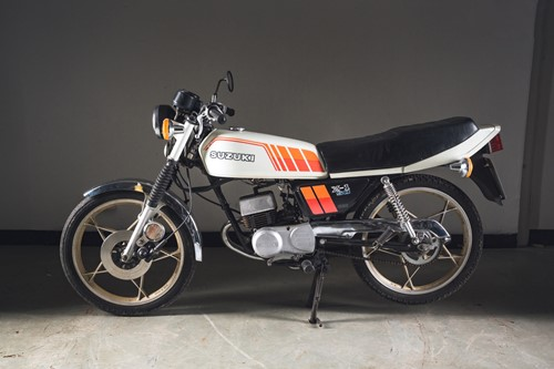 Lot 7 - A 1981 Suzuki X1 50 49cc motorcycle...