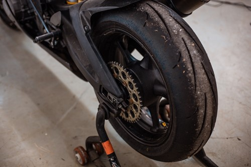 Lot 8 - A Yamaha Belgrada R6 black 600cc race bike...