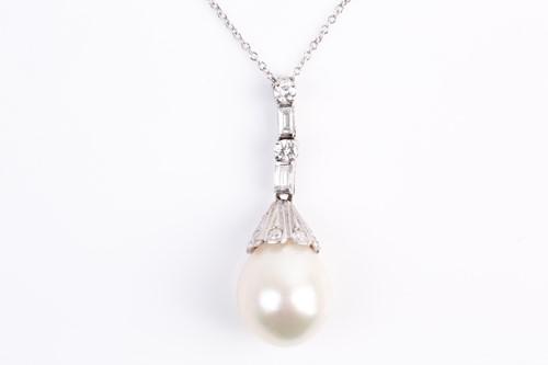Lot 4 - A South Sea pearl and diamond pendant, the...
