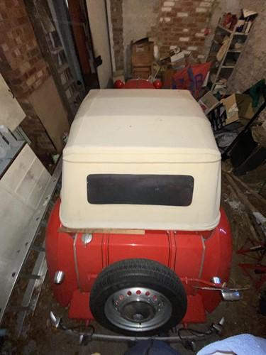 Lot 328 - A 1953 red MG TD motor car, Registration: NLO...