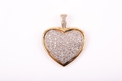 Lot 43 - A 9ct yellow gold and diamond pendant,...