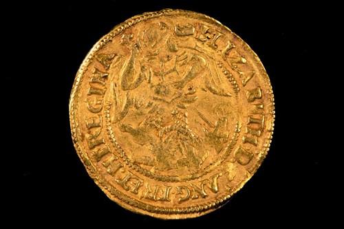 Lot 310 - British Coins, Elizabeth I, sixth issue, half...