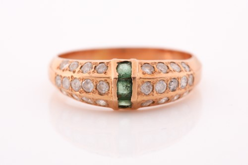 Lot 86 - A yellow metal, emerald, and moissonite ring,...