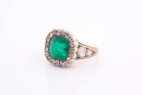 Lot 263 - A late 19th / early 20th century yellow gold,...