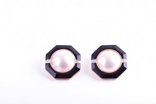 Lot 47 - A pair of 18ct yellow gold, pearl, and onyx...