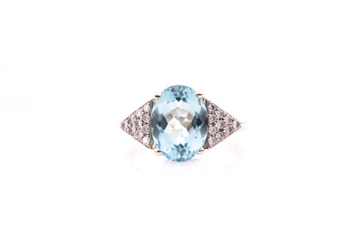 Lot 31 - A 14ct white gold, diamond, and aquamarine...