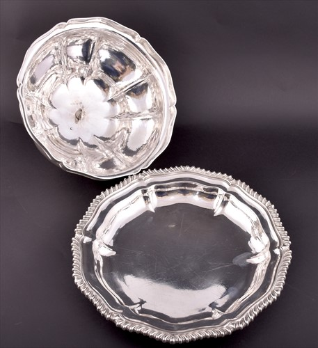 Lot 182-A William IV silver entreé dish and cover ...